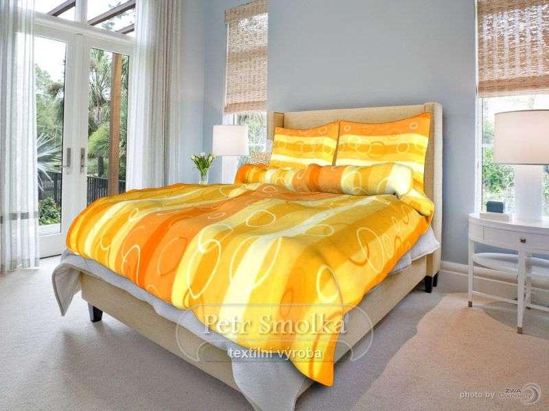 Kvalitné bavlnené obliečky zladené do oranžova smolka