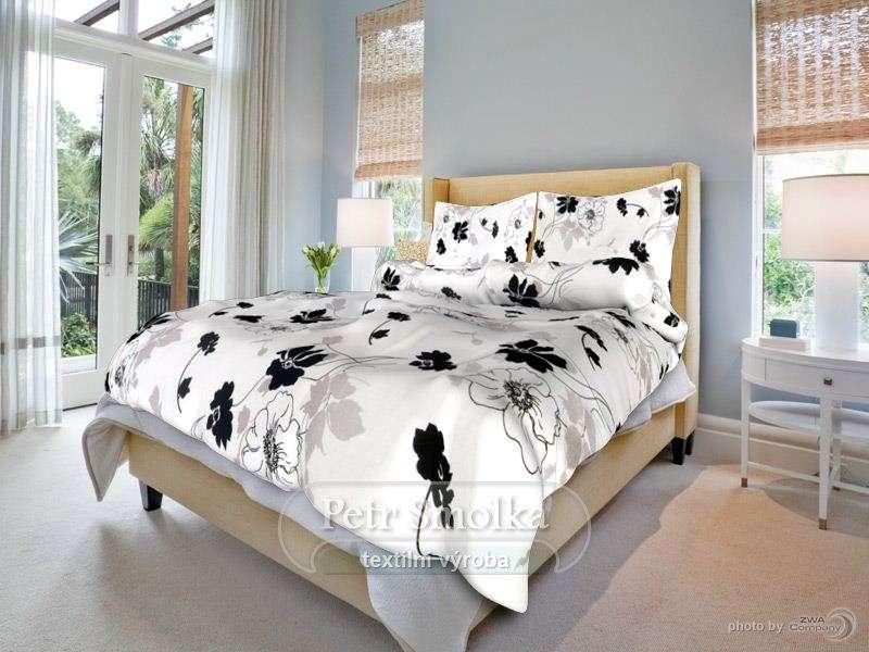 Krásne žiadané krepové biele obliečky s čiernymi kvetmi smolka