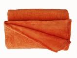 Žiadaná soft deka oranžovej farby Dadka