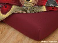 Napínacia froté plachta v bordovej farbe Dadka