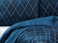Kvalitné saténové obliečky Maxim v tmavo-modrých odtieňoch Matějovský