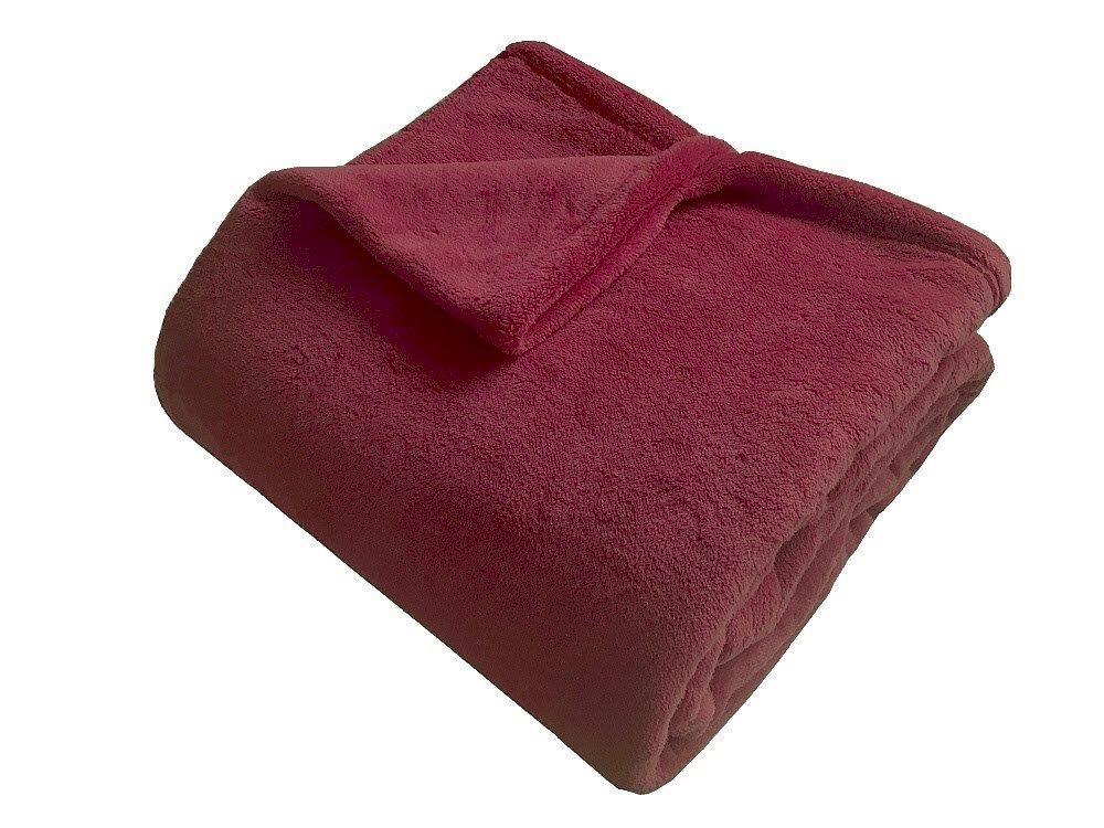 Hebká a veľmi príjemná soft deka bordó farby Dadka