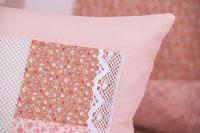 Krepové posteľné prádlo so vzorom patchworku ružovej farby