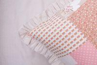 Posteľné prádlo so vzorom ružového patchworku a ružového patchworku a béžového bodiek bodiek