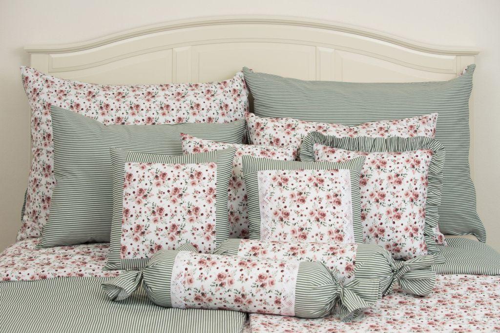 Krepové posteľné prádlo so vzorom ruže ladené do zelenej farby