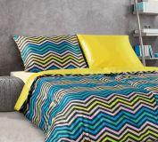Luxusné pestré saténové obliečky s geometrickými tvarmi Kľukaté pruhy multicolor II.žlutá Veba