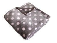 Hebká soft deka šedej farby s ružovými bodkami Dadka