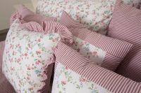 Povlak jednoduchý s drobným vzorom drobných kvietkov a prúžkov ladené do ružovej farby |  Poťah krepový jednoduchý , Poťah bavlnený jednoduchý