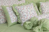 Poťah prešívaný so vzorem kvietku ladené do zelenej farby | Poťah prešívaný bavlnený, Poťah prešívaný bavlnený s krajkou, Poťah prešívaný krepový , Poťah prešívaný krepový s krajkou